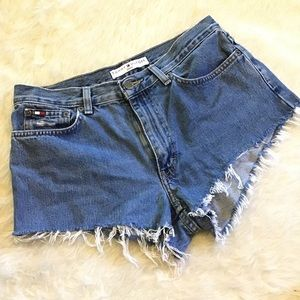 TOMMY HILFIGER | High-Waisted Jean Shorts